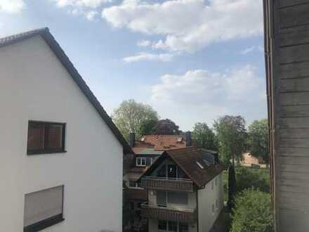 sanierte 3 Zimmer Wohnung mit Balkon