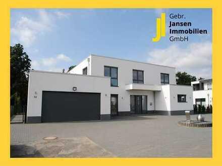 Luxus pur! Junges Einfamilienhaus in sehr schöner Lage von Löningen!