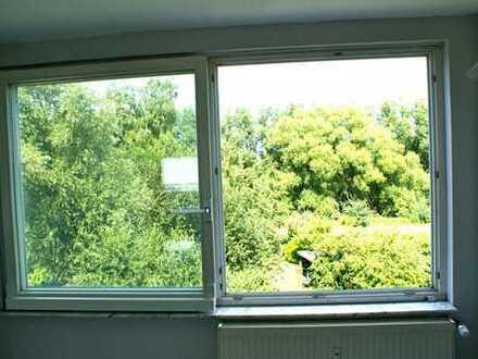 Riesiges Fenster, tolle Aussicht und ruhige Lage