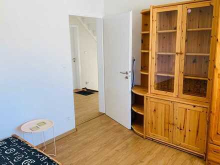 Neu-renovierte 5er-WG in Eggenstein sucht Student/in