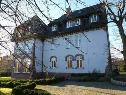 Freundliche, neuwertige 4-Zimmer-Wohnung in Dortmund- Lücklemberg
