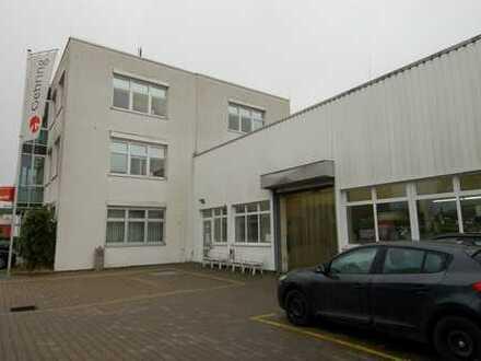 Halle mit 4.171 m² Prod.-/Lagerflächen+Büros