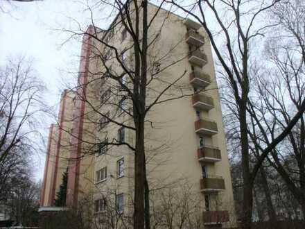 Berliner Freiheit! Kernsanierte 3 Zimmer mit Lift und Balkon in der Vahr