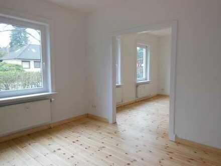 Renovierte 2-(3)- Zimmer-EG-Wohnung mit Garten im Bergkoppelweg/ Fuhlsbüttel