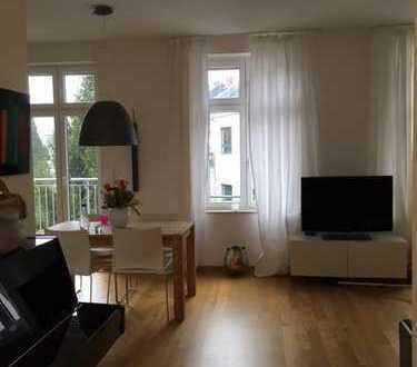 Exklusive 3-Zimmer-Wohnung mit Balkon und EBK in Zentrumsnähe