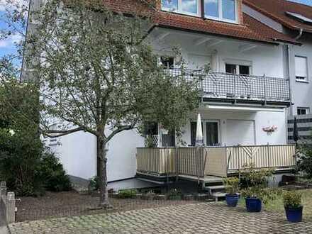 Gepflegte 3-Raum-Wohnung mit Balkon und Einbauküche in Bruchsal
