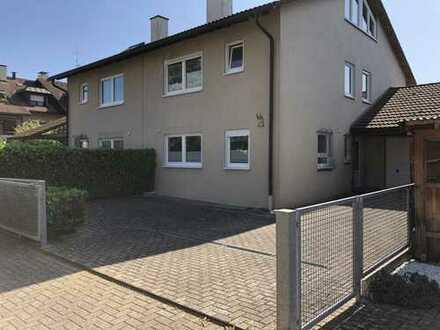 Doppelhaushälfte in Haltungen (Weil am Rhein)