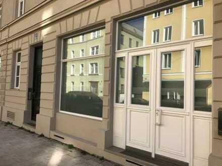Charmanter, heller Laden-Atelier-Büro mit großem Schaufenster