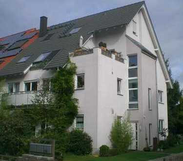 Von Privat: Schöne 4-Zimmer Erdgeschosswohnung mit Terrasse