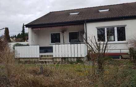 Großzügiges Reiheneckhaus in Ötlingen, Kirchheim unter Teck
