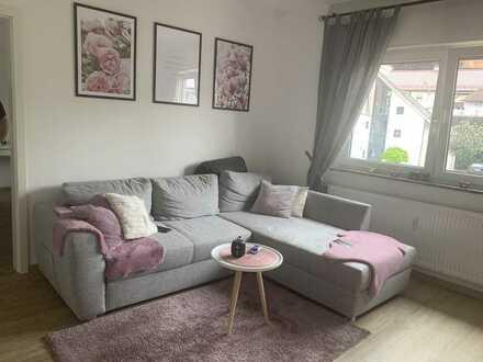Vollständig renovierte 2-Zimmer-Wohnung mit Balkon und EBK in Pfinztal