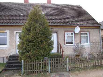 Doppelhaus mit 2 separaten Wohneinheiten in Haßleben ( UM )