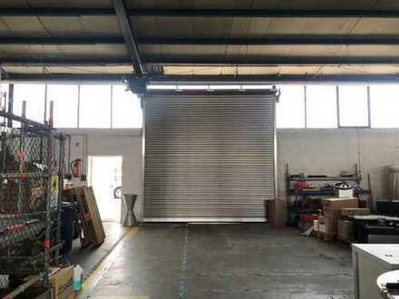 IM ALLEINAUFTRAG * Lager-/ Industrieflächen + Außenlager * 4 Tore *
