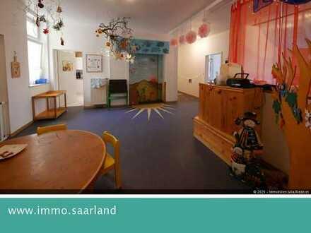 Büro- oder Praxisräume in repräsentativem Altbau in Neunkirchen zu vermieten