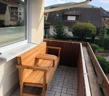 Geräumige & sonnige 3-Z. Whg. mit zwei Balkon