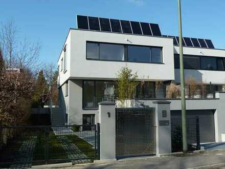 Hochwertig ausgestattete und moderne Doppelhaushälfte