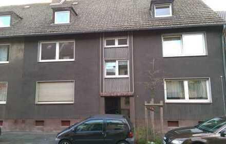 Duisburg-Untermeiderich, 2 1/2 Zimmerwohnung mit Balkon, modernisiert & bezugsfertig