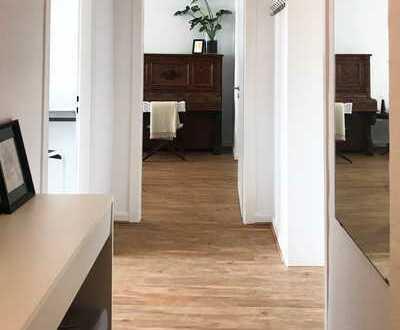 Kürzlich renovierte Mietwohnung mit neu eingebauter Küche in Flingern