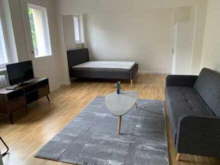 Möblierte 1-Zimmer Wohnung am Kurfürstendamm. Erstbezug nach Sanierung