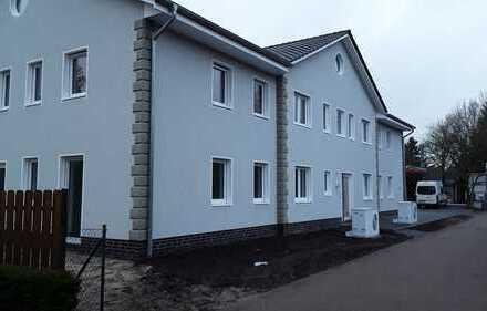 Erstbezug: Helle 2-Zimmer-Erdgeschosswohnung mit Terrasse in Hatten - Sandkrug