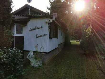 Schönes (Wochend-) Haus mit fünf Zimmern auf 1800qm großem Grundstück in herrlicher Umgebung