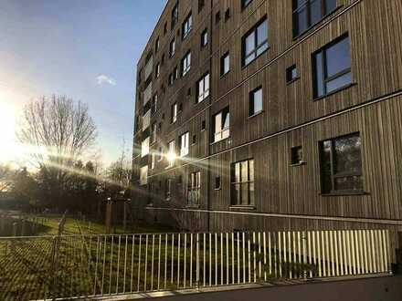 Helle 2-Zimmer Wohnung mit Süd-West-Balkon - WBS für mittlere Einkommen erforderlich.
