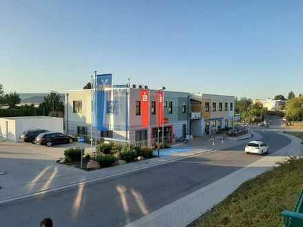 Büro-/ Praxisräume mit guter Verkehrsanbindung in Hargesheim!