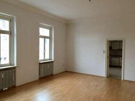 Schöne 3-Zimmer mit Einbauküche in Innenstadtlage
