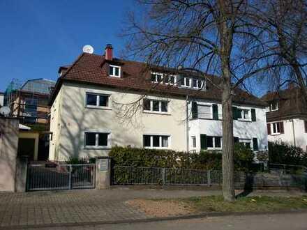 Moderne 3 Zimmer Wohnung in Stgt-Feuerbach auf dem Lemberg (am Fuße der Weinberge)