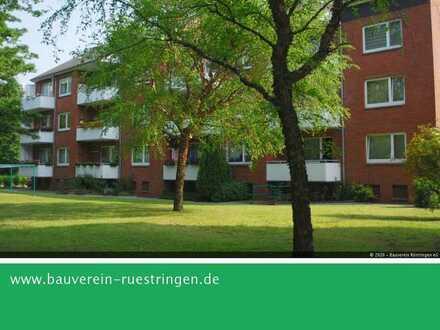 Helle, freundliche Drei-Zimmer-Wohnung mit Balkon in Altengroden