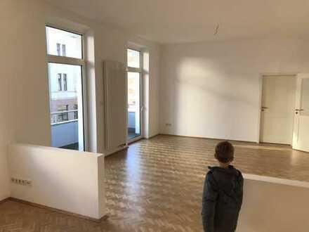 Stilvoll, geräumig, hell: Top 3-Zi.-Wohnung mit Balkonen / Garten in bester Lage von Flingern