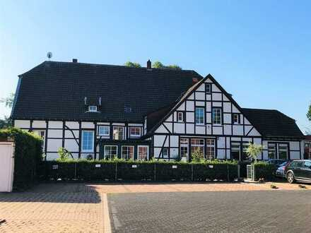 Ehemalige Unternehmervilla in zentraler Lage mit einer Gesamtfläche von 844 m².