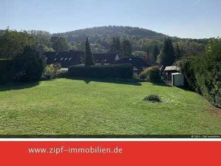 **Baugrundstück in bevorzugter Wohnlage von Gelnhausen-Meerholz mit schönem Fernblick**