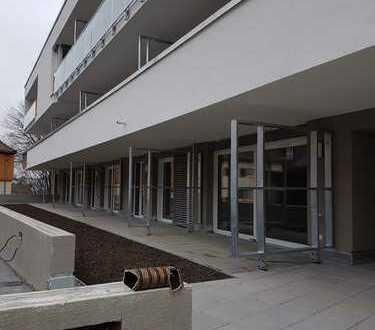 Erstbezug für alleinstehende Person: stilvolle 2-Zimmer-EG-Wohnung in Rottenburg am Neckar