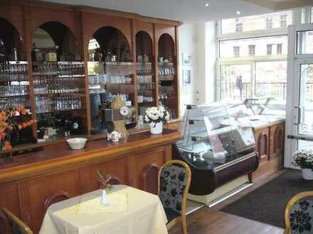 Traditionsreiches Café im Zentrum von Halle/Saale !