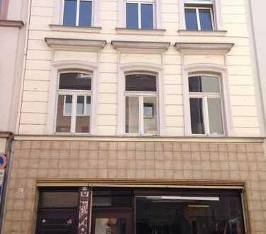 Stilvolle, modernisierte 2-Zimmer-Maisonette-Wohnung mit gehobener Innenausstattung in Deutz, Köln