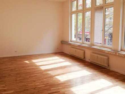 Tolles Büro, mitten in Kreuzberg und sofort verfügbar!