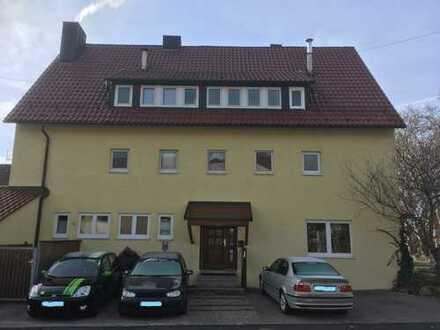 Freistehendes Mehrfamilienhaus in Guter Lage mit Entwicklungspotenzial