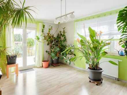 Modernisierte 3-Zimmer-Wohnung mit Garten, Terrasse und Garage im Neubaugebiet von Wimsheim