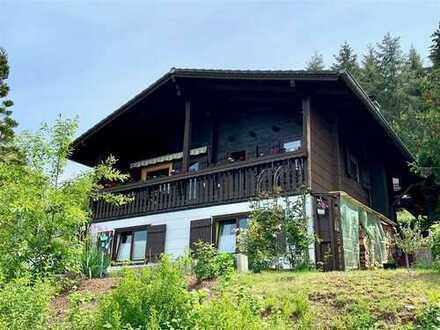 Gepflegtes und modernisiertes Einfamilienhaus in Landhausstil mit einem Panoramablick
