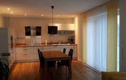 4 Zimmer Wohnung in DON/ Berg , 2 Gehminuten zum Gymnasium
