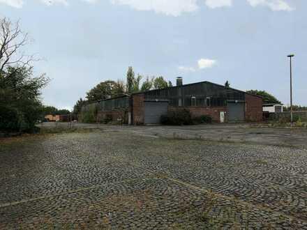 Lagerhalle   20.000 m² Freifläche in Bochum   eingezäunt