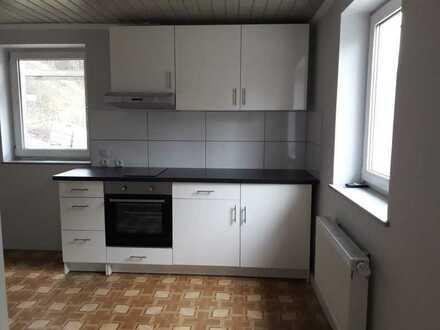 Gepflegte 2-Zimmer-Wohnung mit Einbauküche in Satteldorf/Neidenfels