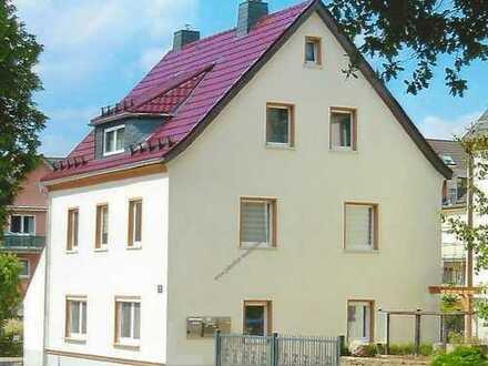 Schöne 2 Raum Wohnung in Adelsberg mit Stellplatz und Garten
