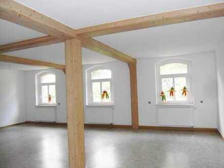 Büroräume im Dachgeschoss mit Großraum!