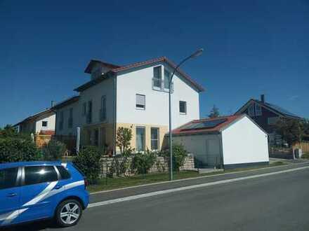 Reserviert - Wunderschöne Doppelhaushälfte in Ortsrandlage in Geltendorf