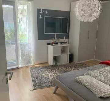 großzügige 3-Zimmer Wohnung mit Tageslichtbad, und Balkon mit Blick ins grüne in Kohleck