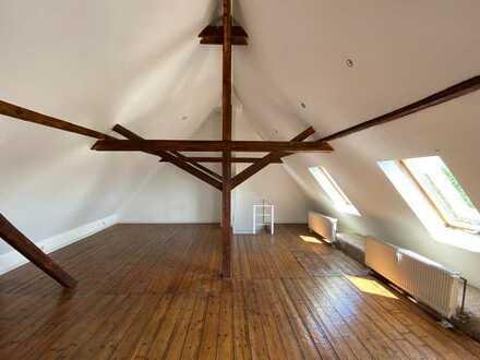 3-Zimmer Maisonette mit Altbaucharme