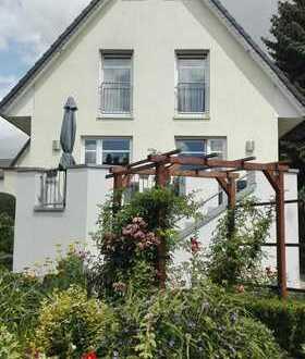 Sehr schönes Einfamilienhaus mit traumhaftem Garten in Lotte-Büren