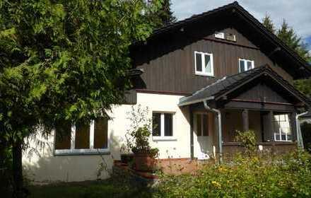Wunderschönes großes & hochwertiges Architektenhaus im Landhausstil in Seenähe